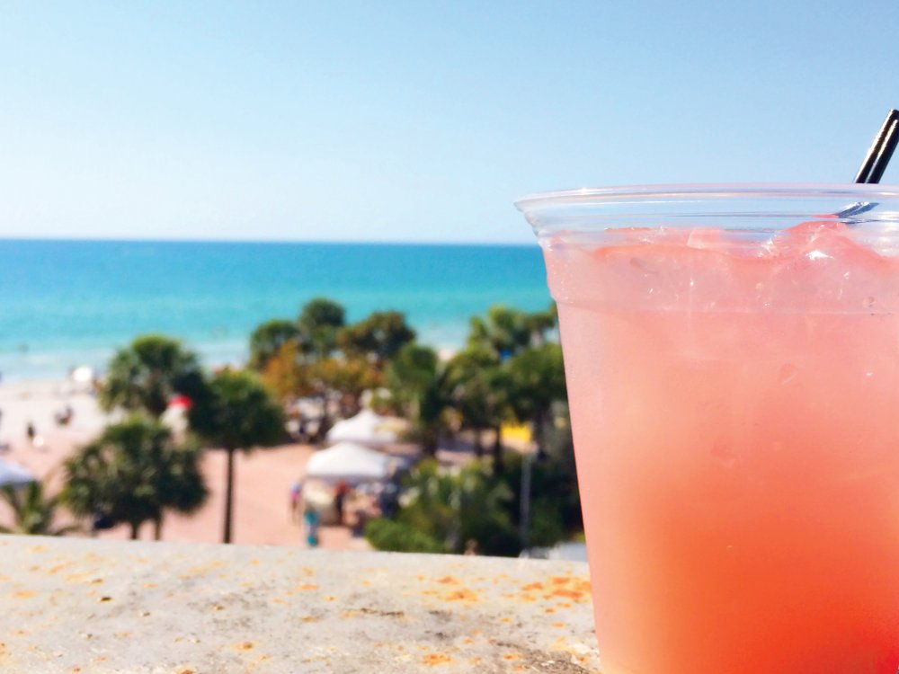 A drink from a beach bar in Pass-a-Grille